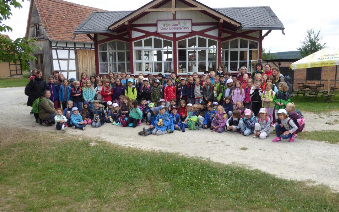 Unser Schulwandertag: Reise in eine andere Welt