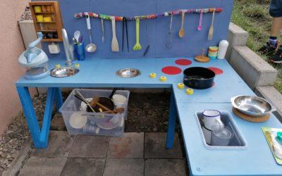 Unsere Kinderküche ist fertig!